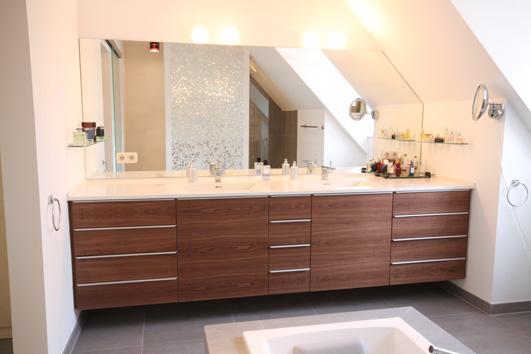 waschtisch in nu baum mit corianbecken badezimmer schreiner m nchen schreinerei hermann wimmer. Black Bedroom Furniture Sets. Home Design Ideas